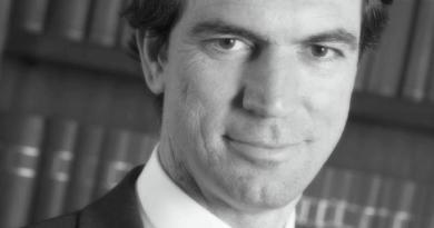 """il costituzionalista Marini: """"su misure Dad auspicabile intervento legislatore nazionale"""""""