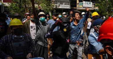 Myanmar, manifestanti uccisi durante le proteste