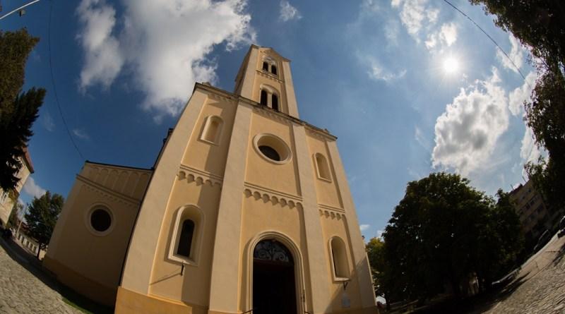 A Jézus Szíve templom. Fotó: Babai István/Paksi Hírnök/archív