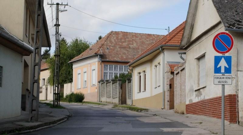 Anna utca. Fotó: Molnár Gyula/Paksi Hírnök