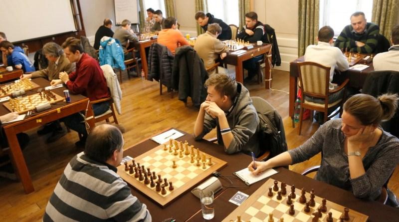 Sakkcsapatbajnokság Pakson. Fotó: Molnár Gyula/Paksi Hírnök archív