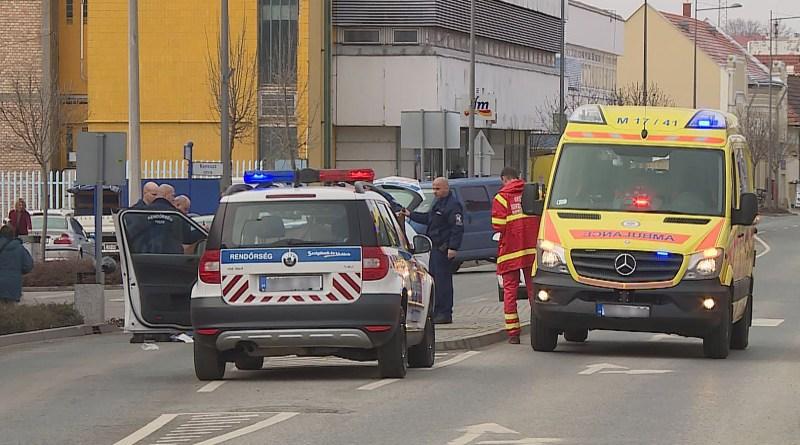 Baleset a főutcán. Fotó: Szaffenauer Ferenc/TelePaks