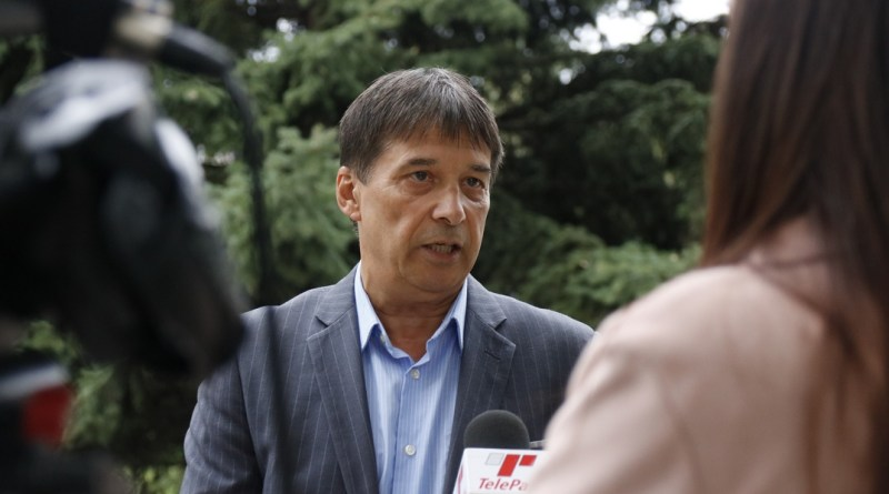 Mezősi Árpád polgármesterjelölt. Fotó: Molnár Gyula/Paksi Hírnök