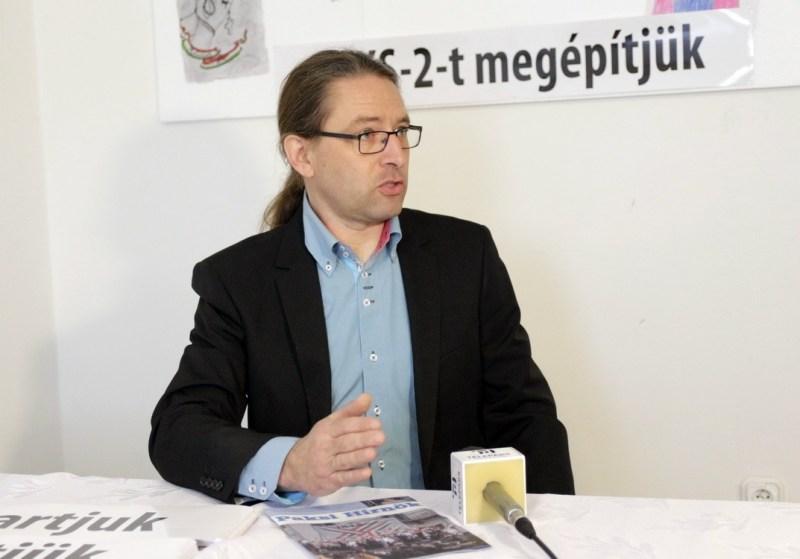 Bencze János, a Jobbik Magyarországért Mozgalom országgyűlési képviselőjelöltje. Fotó: Molnár Gyula/Paksi Hírnök