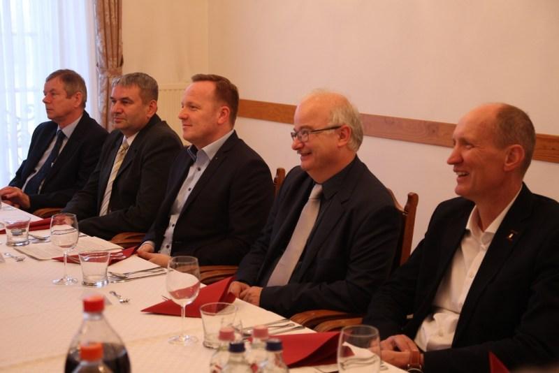 Hamvas István, Bana János, Szabó Péter, Barnabás István és Horváth Miklós a nagyadózói fogadáson.