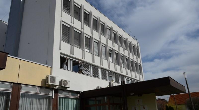 A Paksi Járási Hivatal központi épülete. Fotó: Szaffenauer Ferenc/Paksi Hírnök