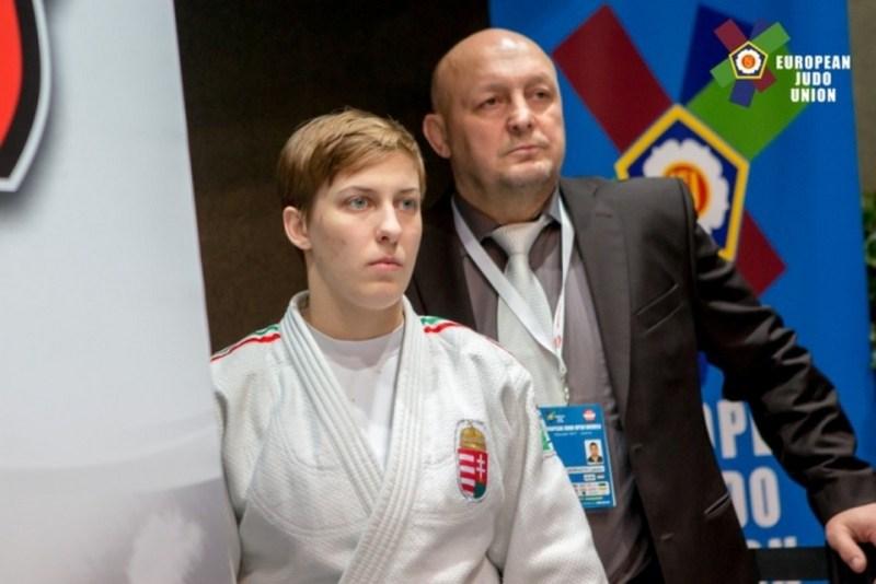 Pupp Réka, az ASE versenyzője és Hangyási László mesteredző. Fotó: www.judoinfo.hu