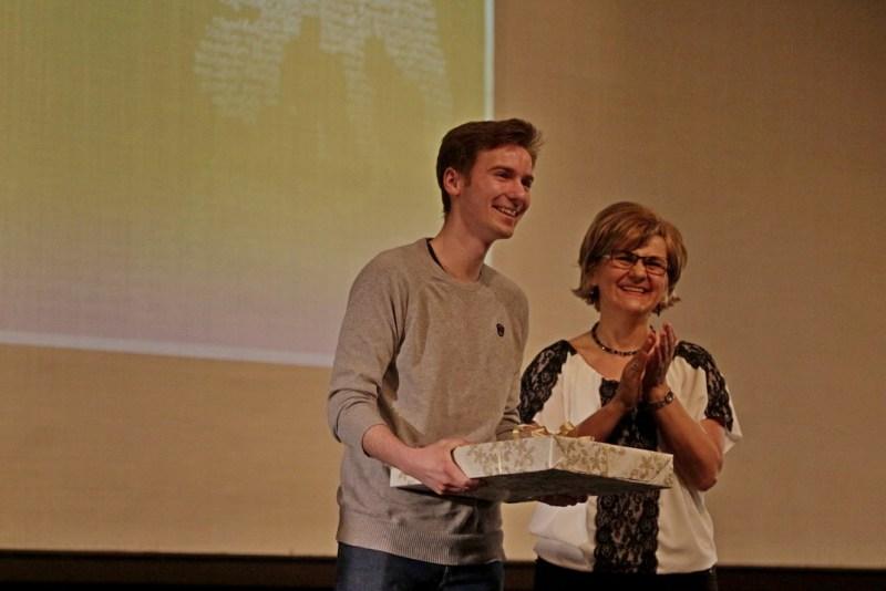 Az alkotópályázat első helyezettje Nikl Máté lett. Fotó: Molnár Gyula/Paksi Hírnök