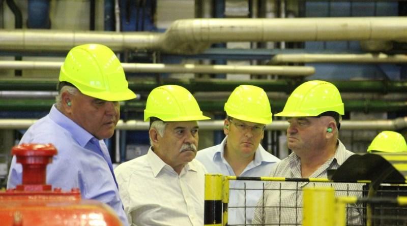 A TEIT Ellenőrző Bizottsága az atomerőmű turbinacsarnokában. Fotó: Vida Tünde