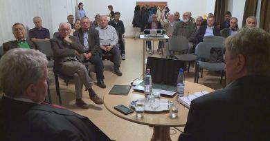 Süli János miniszter volt a Paksi Energetikai Kerekasztal vendége. Fotó: TelePaks