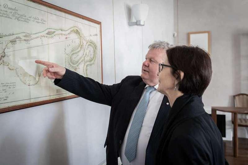 Süli János, a Paks II. beruházásért felelős tárca nélküli miniszter és Pascale Andréani francia nagykövet. Fotó: Süli János Facebook-oldala.
