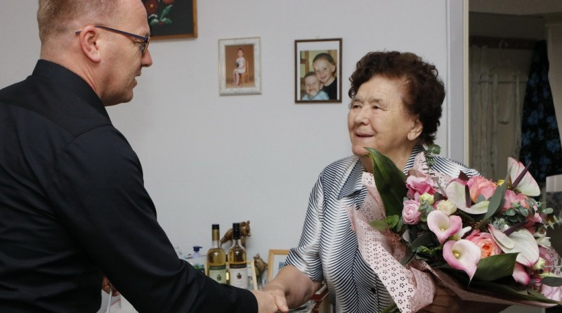 Bernáth Gyuláné. Fotó: Molnár Gyula/Paksi Hírnök