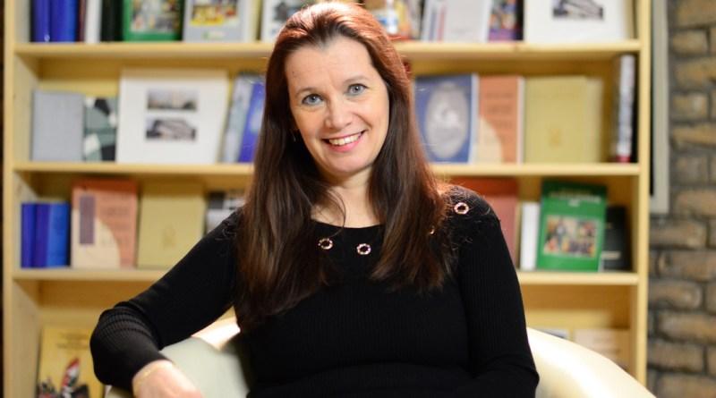 Horváth Margit, a Mesevár mese c. mesekönyv szerzője. Fotó: Szaffenauer Ferenc/Paksi Hírnök