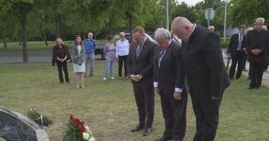 Emlékművet avattak Trianon 100. évfordulójára