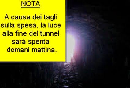 luce-tunnel-15x10-spenta-1