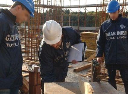 carabinieri-lavoro-15x10-cantiere-11