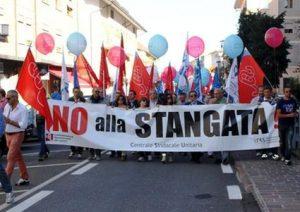 no-stangata-15x10--striscione-11