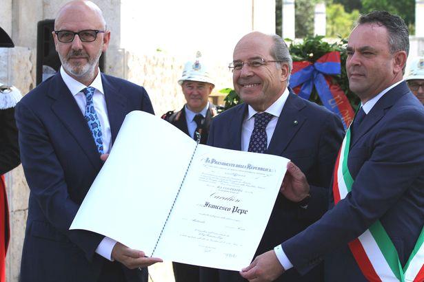 Caiazzo. Seconda onorificenza da Mattarella per Franco Pepe, ora per meriti filantropici