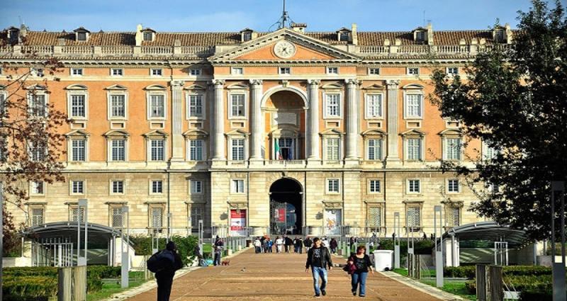 Calo del turismo alla Reggia di Caserta - Alessandro Fedele
