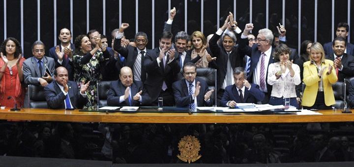 Votación del Marco Civil de Internet en la Cámara de Diputados. Imagen: Luis Macedo/Câmara dos Deputados.
