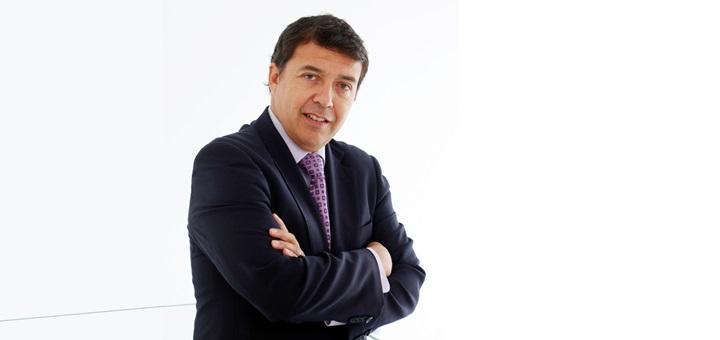 Manuel Araya, gerente de Regulación y Asuntos Corporativos de Entel. Imagen: Entel.