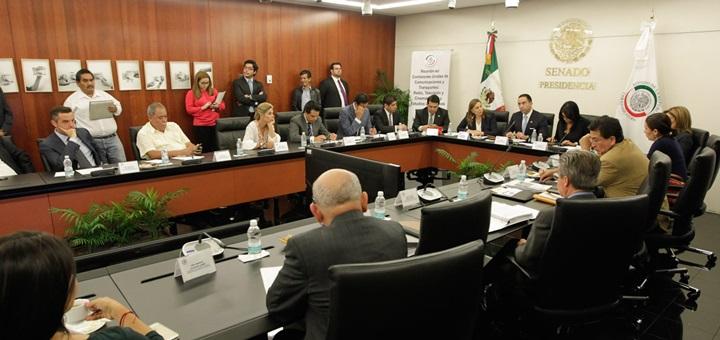 Reunión de trabajo de las comisiones unidas de Comunicaciones y Transportes; de Radio, Televisión y Cinematografía; y de Estudios Legislativos. Imagen: Senado de México.