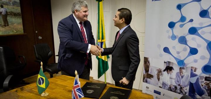 Brasil y Reino Unido firman acuerdo bilateral en innovación. Imagen: ministro de Industria, Comercio Exterior y Servicios de Brasil.