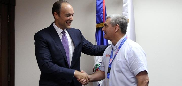 El presidente de Indotel se reunió con el ministro de Obras Públicas y Comunicaciones. Imagen: Indotel.