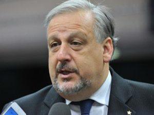 Berzoini, Ricardo. Ministro das Comunicações