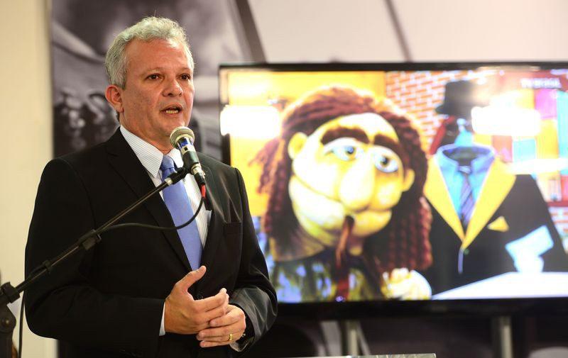Brasília - O ministro das Comunicações, André Figueiredo, participa do evento que marca o início das transmissões dos canais do Poder Executivo na TV aberta digital, nos canais da EBC.(Elza Fiuza / Agência Brasil)