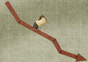 grafico-negativo-seta-executivo-descendo