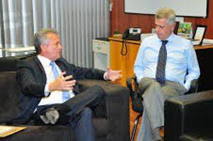 André Figueiredo. ministro das Comunicações, e Rodrigo Rollenberg, Governador de Brasília. Foto (divulgação)