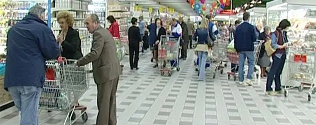 Ipermercati, Cgil chiede certificazione di agibilità