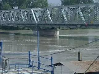 Senso unico alternato sul ponte Occhiobello–Ferrara per diversi giorni
