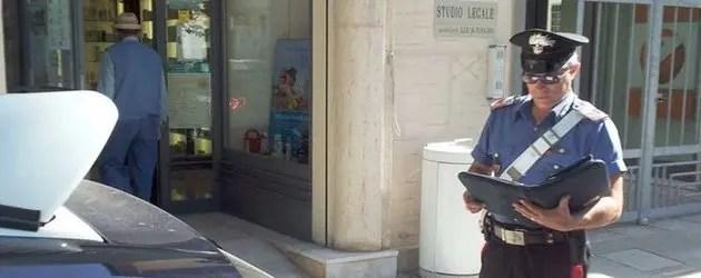 Rapine in farmacia, arrestato l'autore