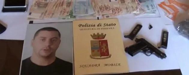 Arrestato pusher eroina, riforniva clienti bar di Bondeno