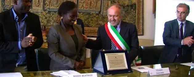 Premio alla scrittrice del Ruanda