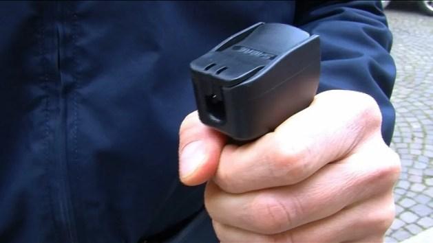 Sicurezza, lo spray al peperoncino alla Polizia di Stato – VIDEO