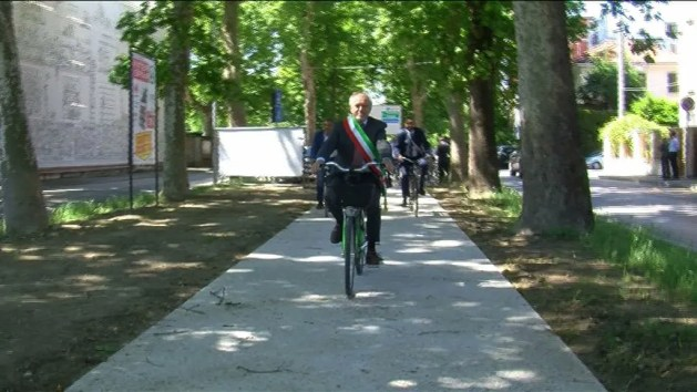 Nuova pista ciclabile a Ferrara – VIDEO