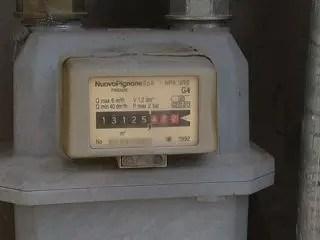 Portomaggiore: toglie sigilli dal contatore del gas, denunciato operaio