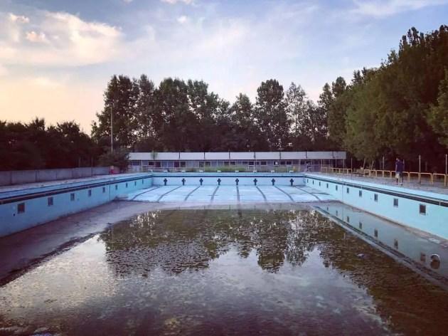 M5s piscina di via bachelli da bonificare stato indecoroso - Piscina di codigoro ...
