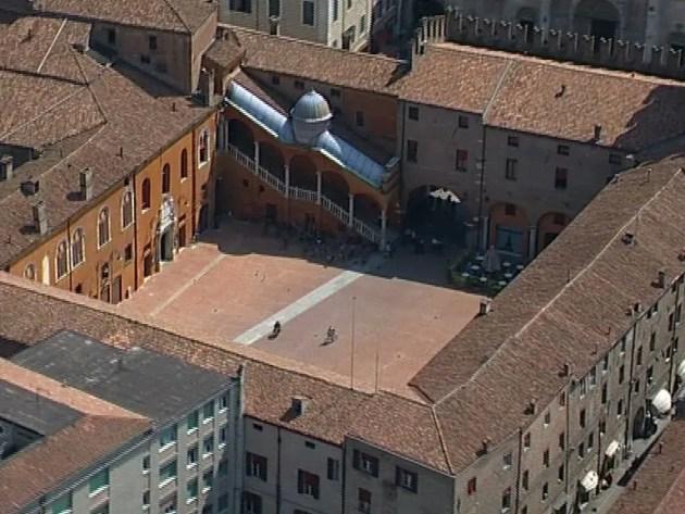 Emergenza Coronavirus nel dibattito in consiglio comunale a Ferrara
