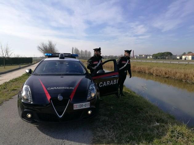 Diffama i carabinieri su Facebook e viene denunciata