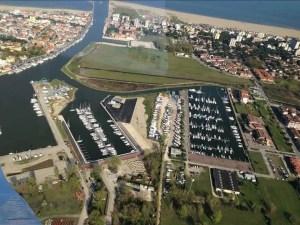 assonautica porto garibaldi porto canale lidi comacchio nave barca barche mare spiaggia