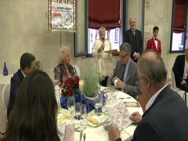 """Cena di Gala Benefica e menù all'insegna della mostra """"Stati d'animo"""" – VIDEO"""
