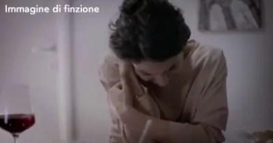 violenza donne carabinieri donna