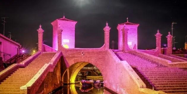 """""""La Notte Rosa"""" a Comacchio"""
