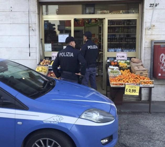 Alcol, ancora un mini-market chiuso dalla Polizia