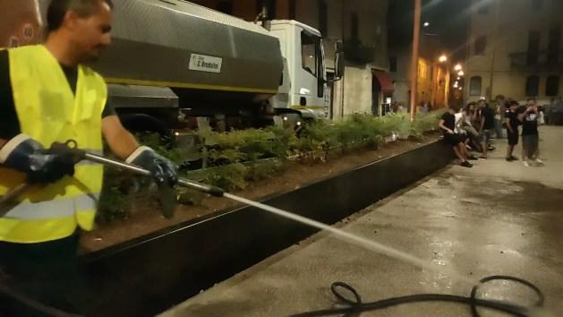 """Movida """"sotto controllo"""" in Piazza Verdi. Titolare locale: """"Commercio in crescita"""" – VIDEO"""