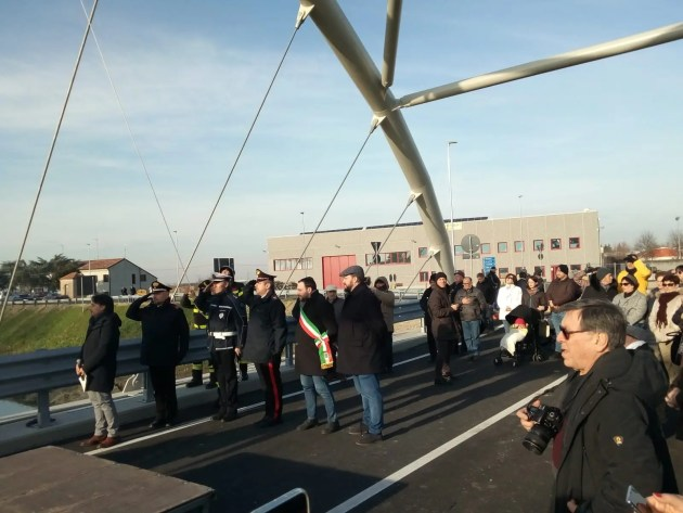 """Viabilità, inaugurato ponte a Bondeno che """"guarda al futuro"""""""